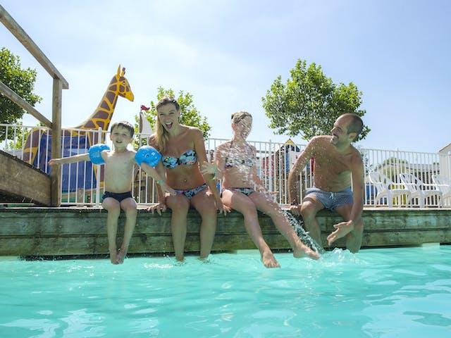 Zwembad 2 Le Loyada
