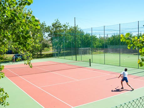 Camping Rosapineta Tennisbaan