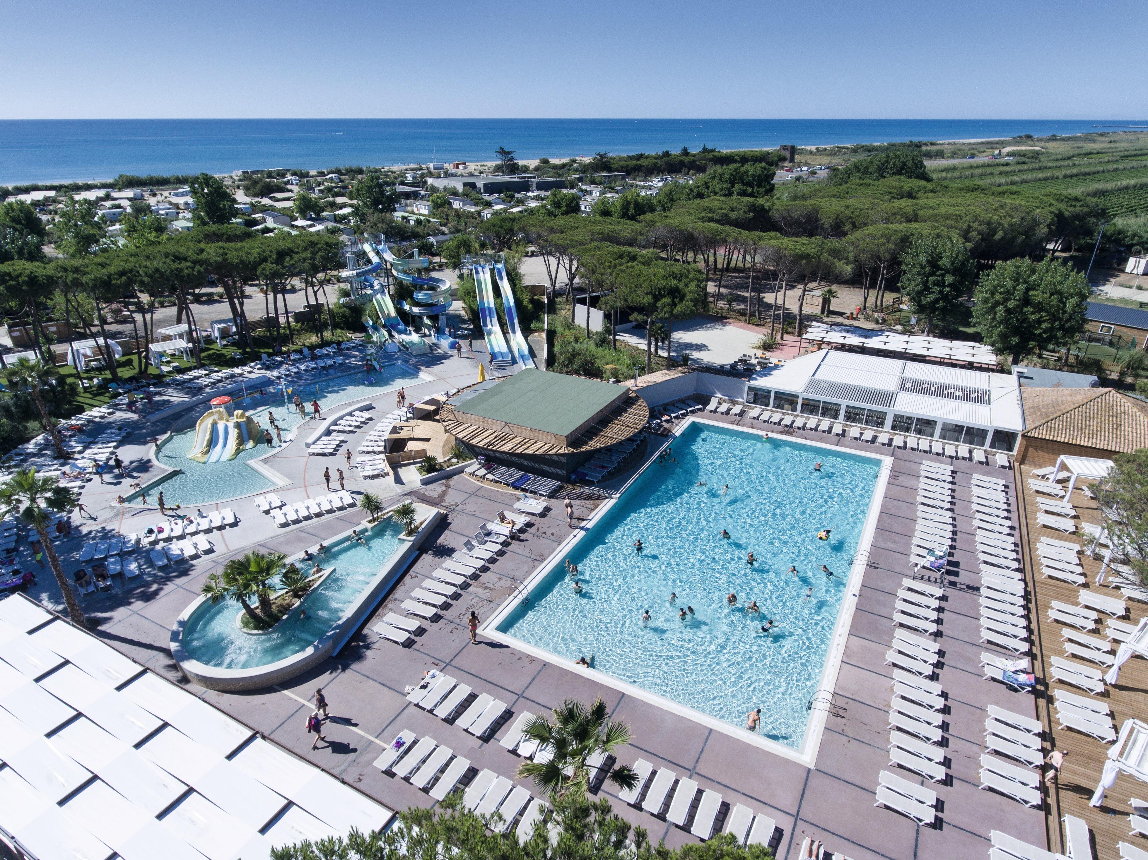Le Castellas Zwembaden