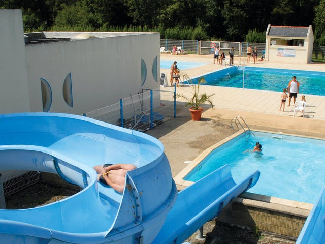 Bois de Pleuven Zwembad met glijbaan