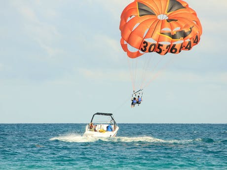 Parasailing in Istrië