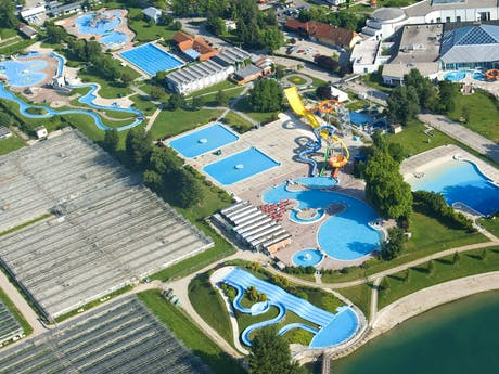 Camping Terme Catez zwembad drone 2