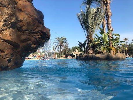 Rotsen zwembad El Delfin Verde