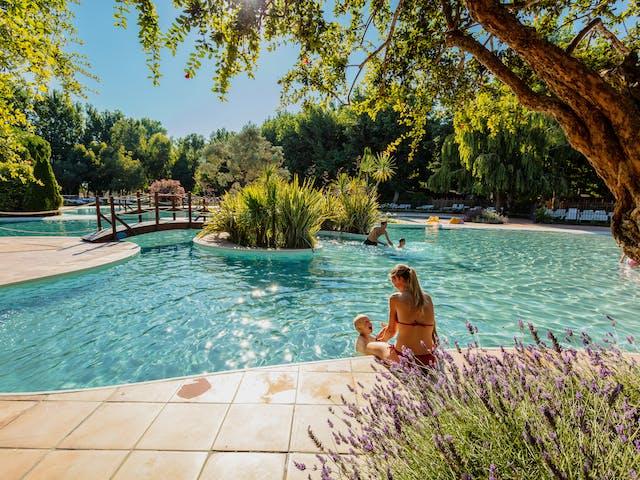 Tropisch zwembad Serignan Plage