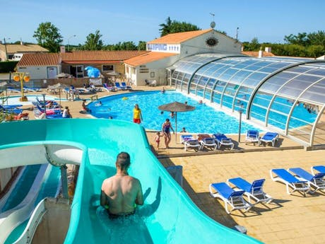 Zwembad Domaine de Beaulieu