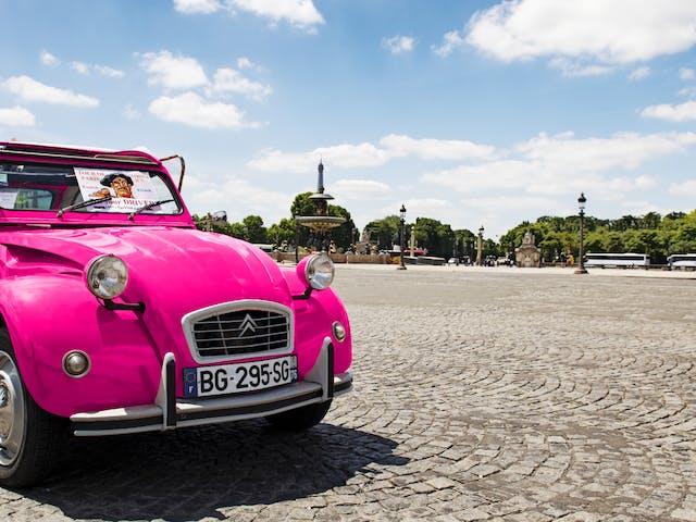 Roze 2CV in Parijs