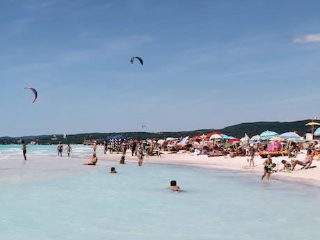 Vada beach