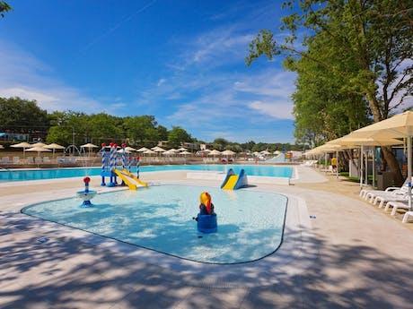 Bijela Uvala zwembad