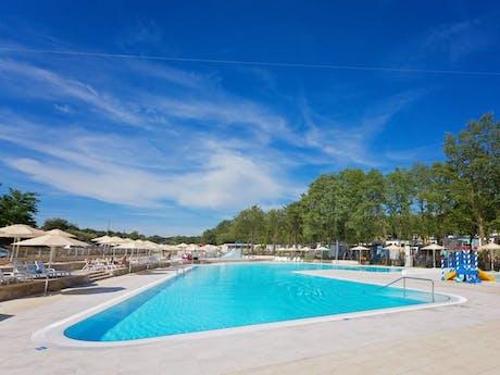 Bijela Uvala - zwembad