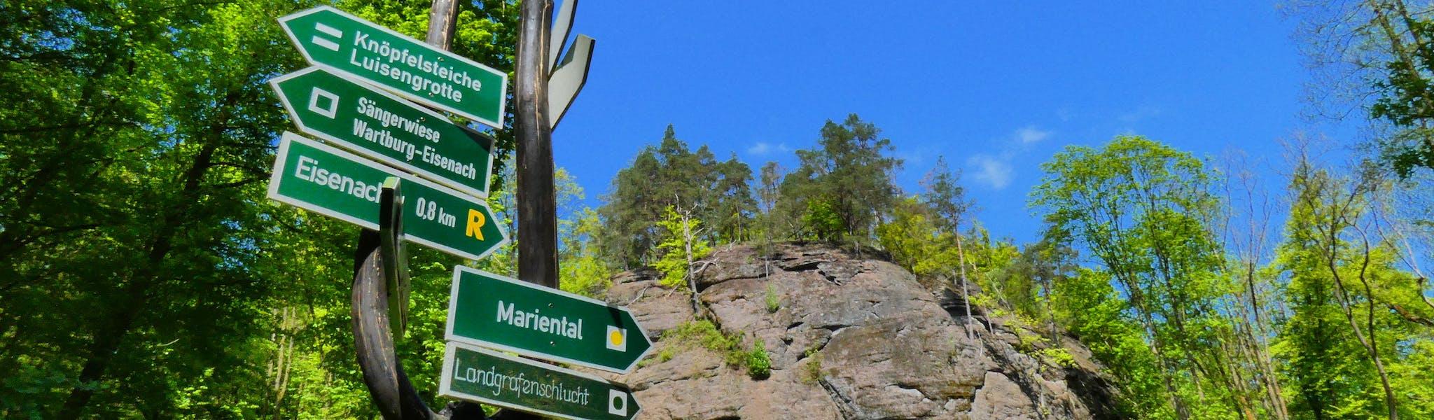 Ingang naar Drachenschlucht bij Eisenach Renn