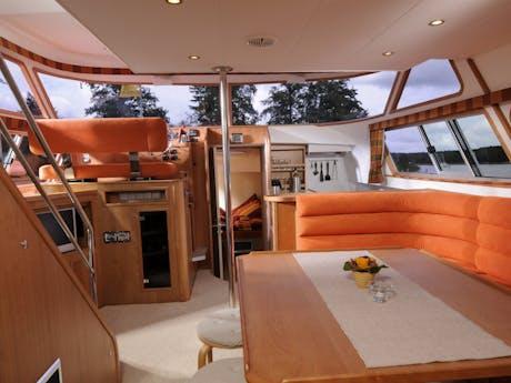 Locaboat Europa 700 salon