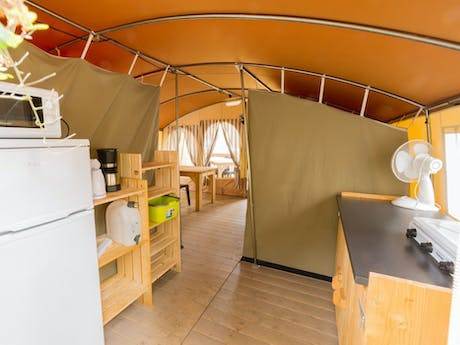 Lodgetent Cream interieur