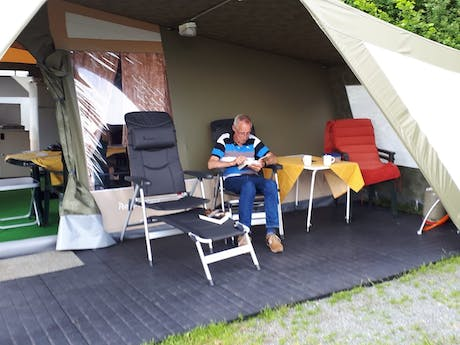 Dini & Wim Eertink Camping Hennesee