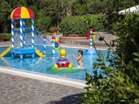 Camping Montescudaio zwembad