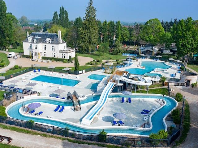 Chateau_de_Marais_zwembad