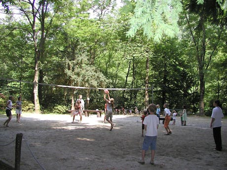 Camping Valle Romantica volleybal