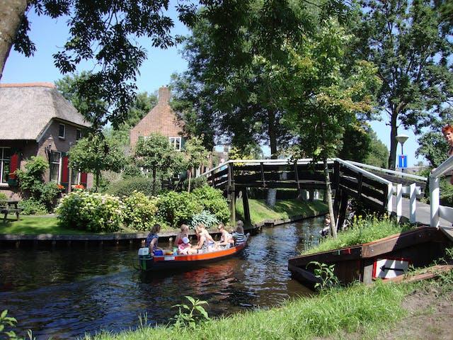 Nederland Giethoorn met de boot