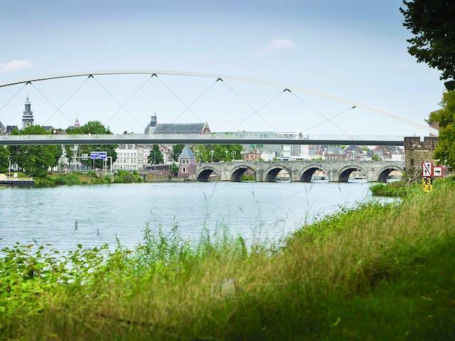 De Maas bij Maastricht