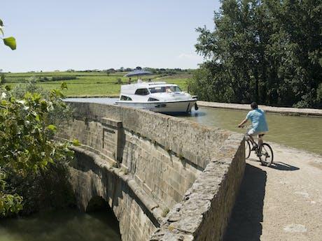 Canal du Midi Le boat