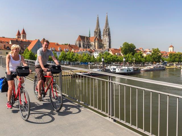 Altmühltal Radweg Duitsland fietsers op brug