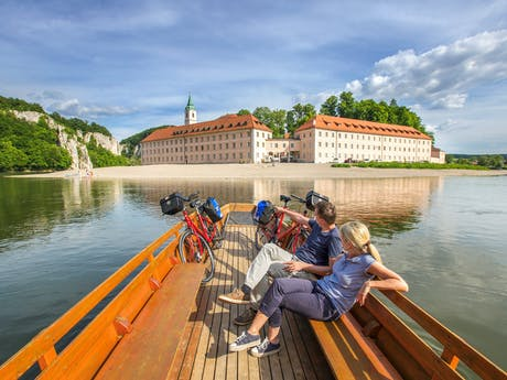 Donau_Weltenburg_Kloster_Radfaher_Boot_00639_