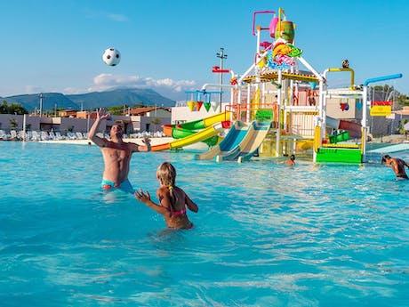 Camping Cisano San VIto nieuw zwembad