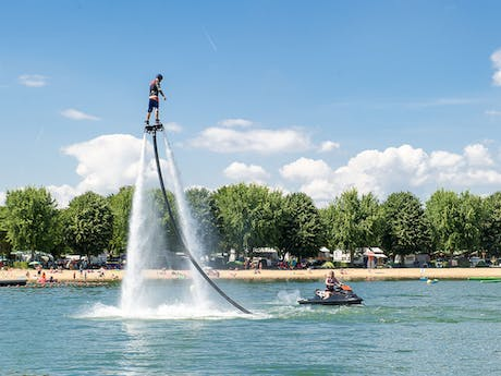 Camping la Plaine Tonique waterjet
