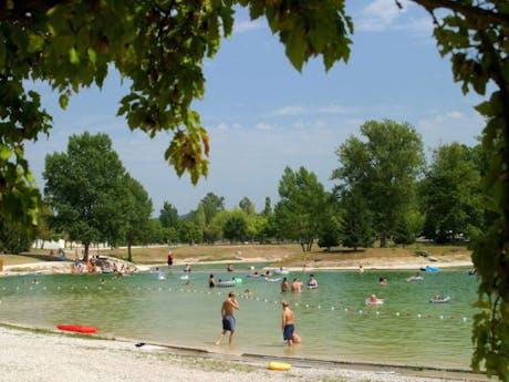 Strand camping Domaine Les 3 Lacs du Soleil