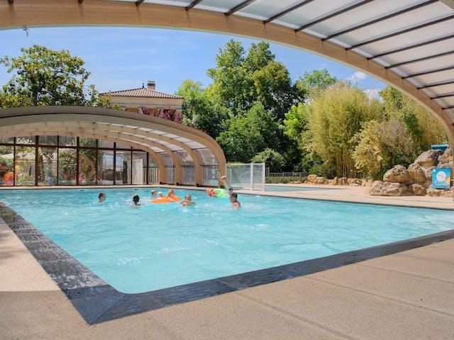 Nieuw overdekt zwembad Moulin de la Pique