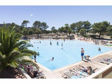 Zwembad camping Domaine de la Noguiere