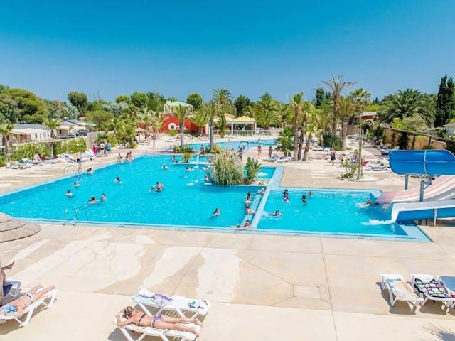 zwembad Oasis & California
