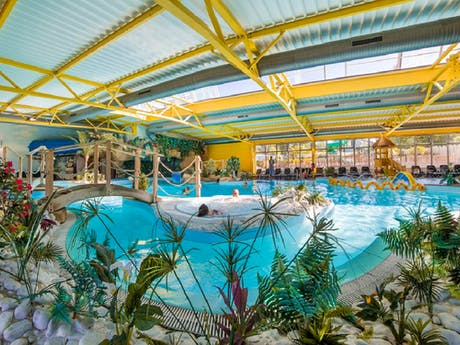Camping Le Bel Air binnenzwembad