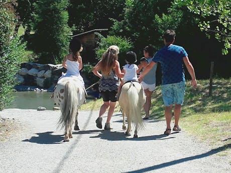 Camping les Arches - ponyrijden