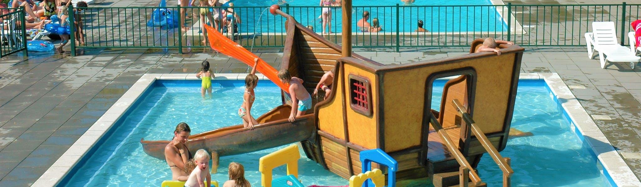Zwembad Recreatiepark Duinhoeve